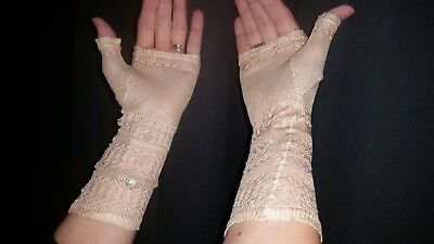 Antique Victorian Fingerless Gloves Lace