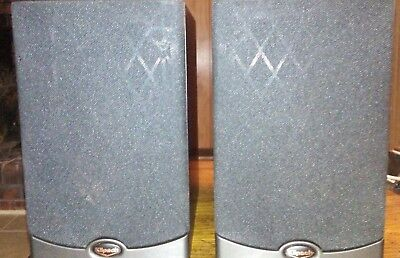 Pair Of Klipsch Reference RB 10 Bookshelf Speakers Good Condition