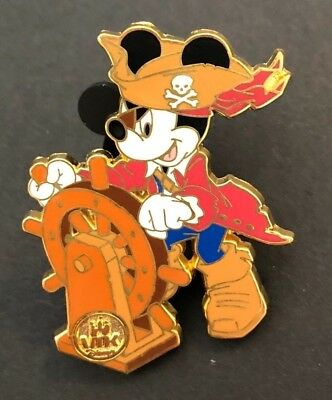 disney trading pin virtual magic kingdom Mickey Mouse pirate captain vintage