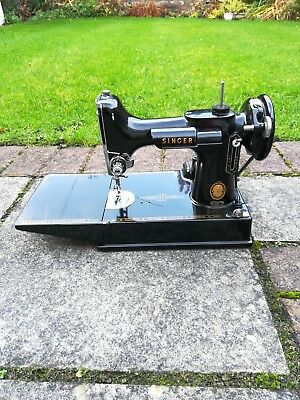 Singer Featherweight 221 Sewing Machine 1956. Excellent Condition!