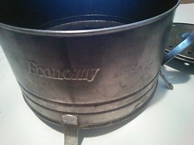 GREAT VINTAGE ECONOMY MANUAL/ELECTRIC POPCORN POPPER. CORD included works