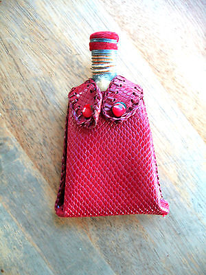 Vintage Gentlemen's Clothing Brush / Shoe Polisher Red Leather Snap Close Case