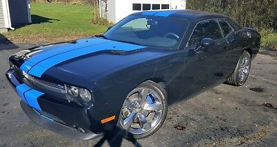 2013 Dodge Challenger R/T Plus Beautiful 2013 Dodge Challenger R/T Plus 5.7L V8, Only 9451 Miles!