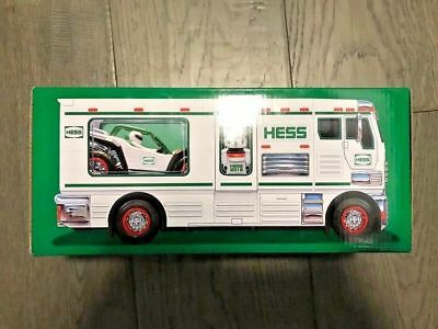 HESS 2018 HOLIDAY TOY TRUCK RV with ATV and Motorbike NEW IN BOX -- SOLD OUT --