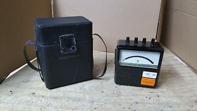 VINTAGE YOKOGAWA PORTABLE AC VOLTMETER TYPE 2013 w/GOOD CASE