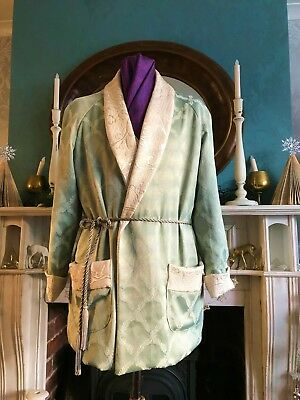 1930/40's-50's Vintage vibe Dressing Gown/smoking Jacket Size M brocade SILK 38