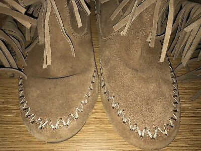 Minnetonka Mocassin Womens 7.5M Brown Suede Leather Fringe Midcalf Boots