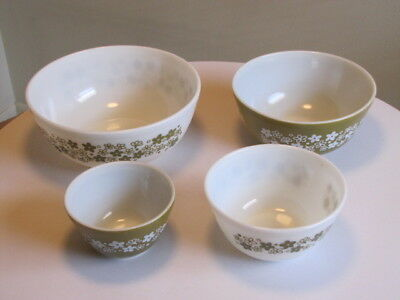 Vintage 70's 4Pc Pyrex Mixing Bowl Set, Spring Blossom Green  New, Nos
