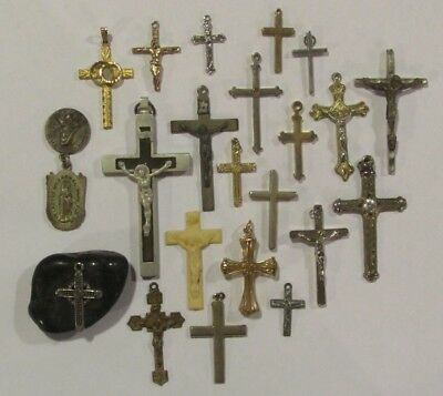 Vintage / Antique Lot of Misc. Crosses & Crucifixes Jewelry Pendants Charms!