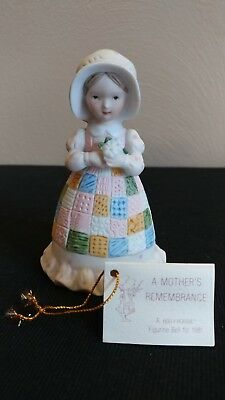 1981 A Mother's Remembrance Holly Hobbie Bisque Porcelain Figurine Bell