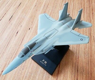McDonnell Douglas F-15 Eagle Balsa Airplane Display Scale Model 1:72 with Stand