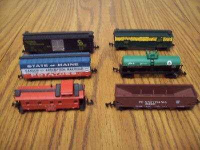 N Scale Lot Of 6 Various Bachmann Freight Cars, Box, Hopper, Tank, Caboose