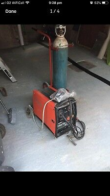 Clarke 165 Te Turbo Mig Welder, With Almost Full Wire, Also Includes Gas Bottle