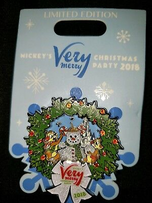 NEW Disney Mickey's Very Merry Christmas Party 2018 Chip and Dale Pin LE 5000