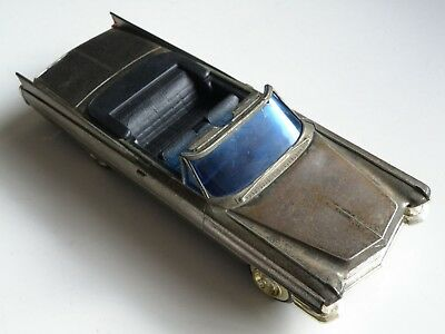 1960s VINTAGE CAD-1 CADDY 1961 CADILLAC NOVELTY AM RADIO, COMPLETE, WORKS GREAT