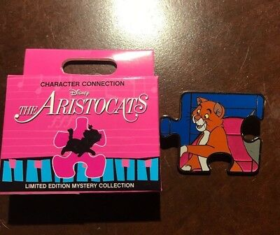 The Aristocats Puzzle Pin LE 1100 Character Connection Disney Thomas O'Malley