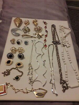 Large job lot of vintage SARAH COVENTRY costume jewellery