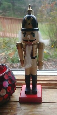 "10"" Wooden Nutcracker White cream solder Birds nest Red Classic design with Box"