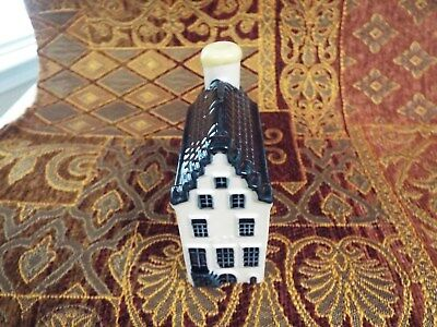 KLM Blue Delft house #2 sealed with contents no date see info