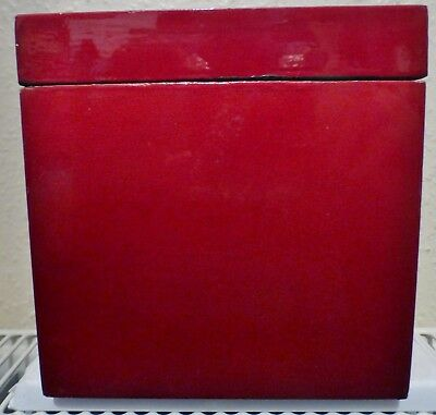 A CHINESE STYLE RED LACQUER TRINKET / JEWELLERY BOX CUBE 15 cm (BB3)