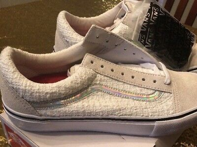 Details about Supreme x Vans Old Skool Pro White Iridescent (Size 10.5)