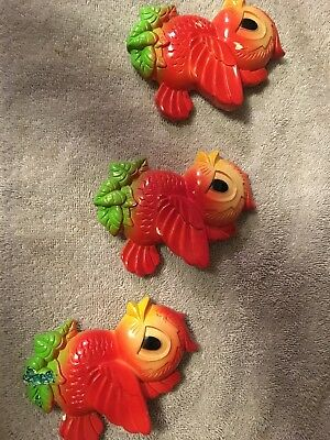 """Vintage Set of 3 Red Bird Wall Plaques 1972 Miller Studios 4-1/2"""" Tall Chalkware"""