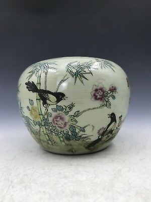 Chinese antique ceramic jars Hand-painted flowers and birds.    c47