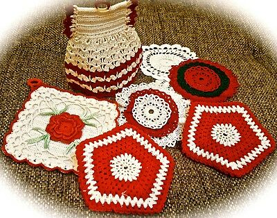 Cute Colorful Vintage Christmas Potholder Lot with Coasters Excellent Cond B31