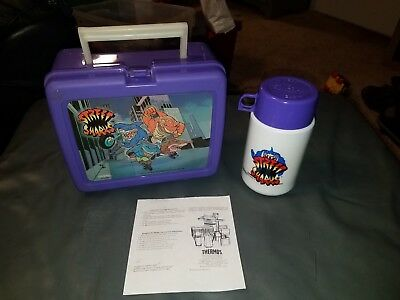 Vintage 1995 STREET SHARKS Thermos Lunch Box with thermos VG colltible Rare USA