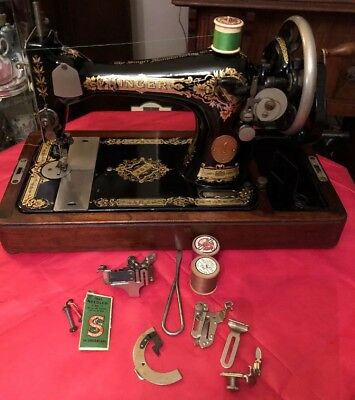 Vintage Singer Sewing Machine 28k With Accessories & Case 1929