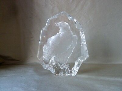 Mats Jonasson Lead Crystal Bald Eagle Paperweight a/f Signed, height 19,5cm