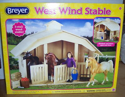 Breyer Horse West Wind Stable For  Classic Horses 2015  #701  Nib