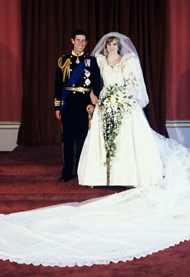 Diana Princess of Wales - 8x10 Photo - Queen of Hearts  - H864