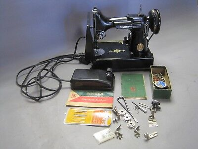 Vintage Singer Featherweight Sewing Machine w Case & Many Extras Working Nice