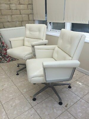 Pair of Mid Century Vintage Retro Swivel Lounge Arm Chairs 1960s 70s