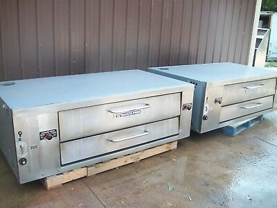 Two Bakers Pride Y 600 Nat Gas Deck Pizza Ovens With Brand New Stones High Btu