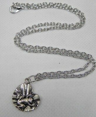 """Lilly Pad Miss Froggy Frog Toad 17"""" Chain Silver Tone Necklace"""