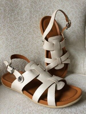 GEOX 38 EU 7.5-8 US Pearl Pebled Leather Sandals Strappy Clean Respira Beige