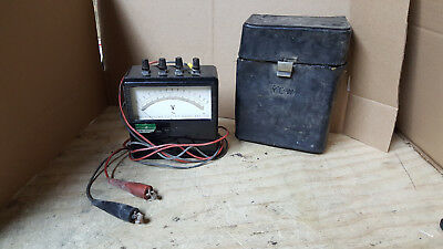 VINTAGE YOKOGAWA PORTABLE AC VOLTMETER TYPE 2013 w/Case NO GLASS!!