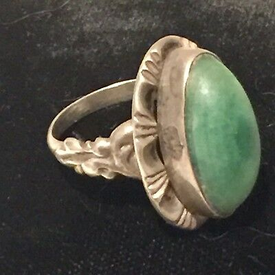Vintage Arts & Crafts Sterling Silver Cabochon Green Stone Ring  SZ 7.5