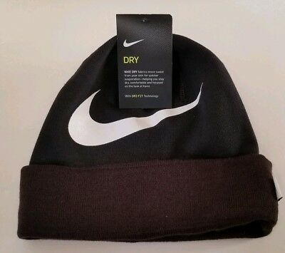 NWT Nike Swoosh Cuffed Training Knit Hat Beanie Unisex Black White  876501-011 4b875e97d59