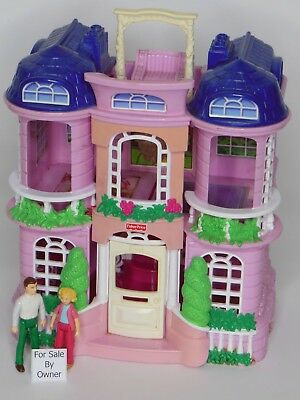 Vintage 2001 Fisher Price Sweet Streets Victorian Town House