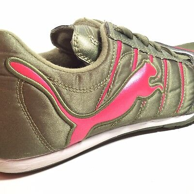 Puma Womens Touring Urban Cycling Shoes Sneakers Embroidered Cat US 8.5  EU 39 c46db3cc1