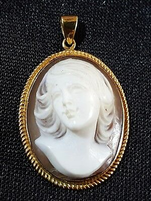 15 carat solid gold & carved shell cameo vintage Victorian antique pendant