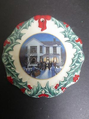 Longaberger Collector Club 1997 Christmas Ornament Caroling In Dresden