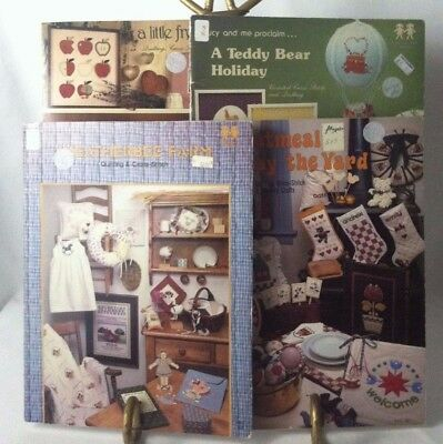 Vtg 1982-1983 Quilting Cross-Stitch Iron On Transfer Country Farmhouse 179 Craft