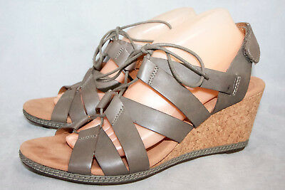 af8acd08354 CLARKS COLLECTION Helio Mindin Wo s 11M Sage Leather Cork Wedge Heel Sandal