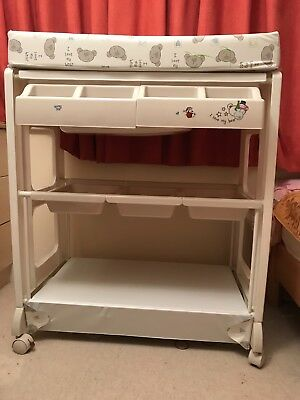 Babiesrus Baby Changing Unit With Bath