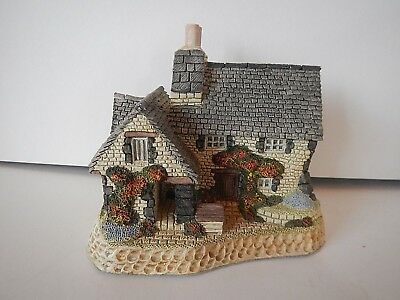 """British Traditions Hand Painted """"The Gillie's Cottage"""" by David Winter ~ 1988"""