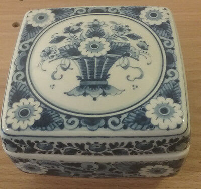 WestRaven Handmade Delft Blue Jewlery/Trinket Box Made in Holland with COA